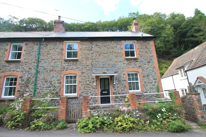 High Bank, Porlock | Sleeps 6