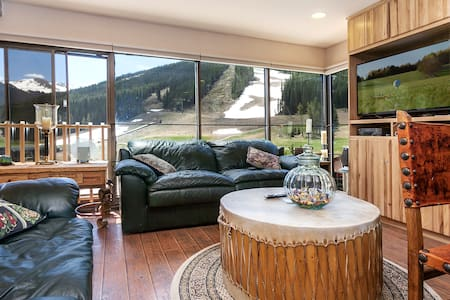 Copper Mountain Condo steps from the Super B Lift - Copper mountain - Appartement en résidence