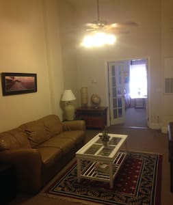 2 Br Apt. C - in the Heart of Historic Downtown!