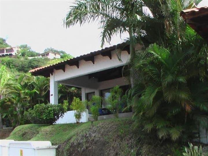 Villa familiar!