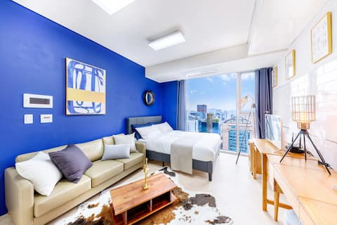#1 Clean & cozy room right next to Gangnam Station