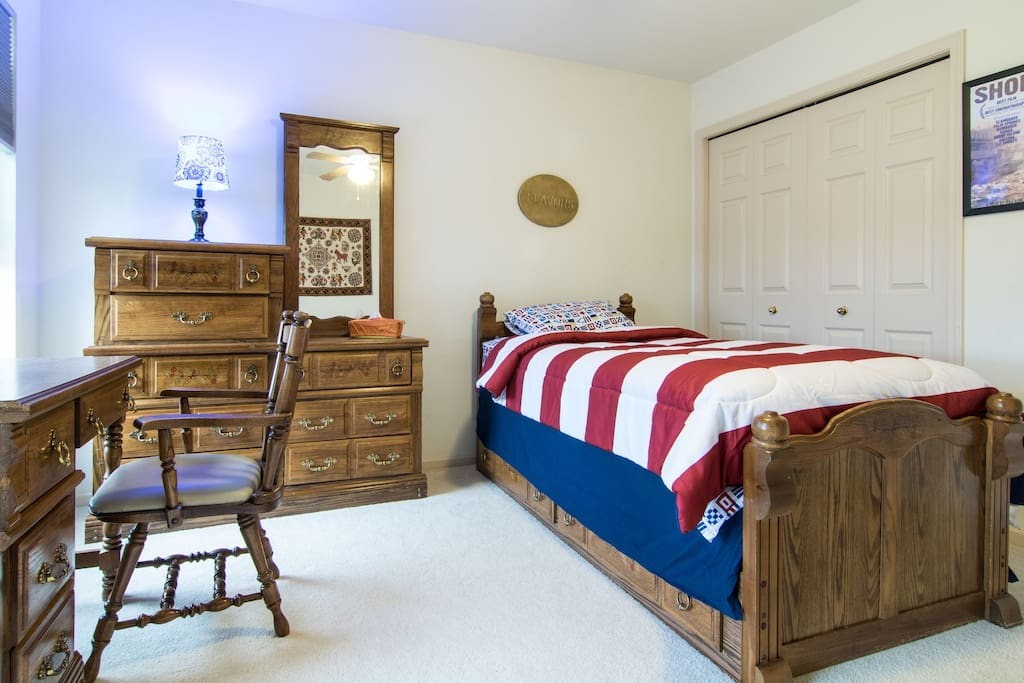 separate bedrooms dating I wouldn't mind sleeping in separate beds, or having a separate bedroom, even i'm a very light sleeper,  millennial dating:.