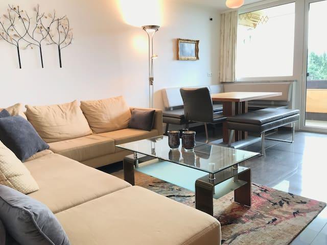 Elegant 2 bedroom LakeView apartment, Wolfgangsee