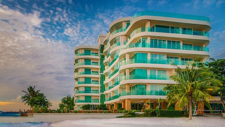 Paradise Ocean View Pattaya by PN Home Service