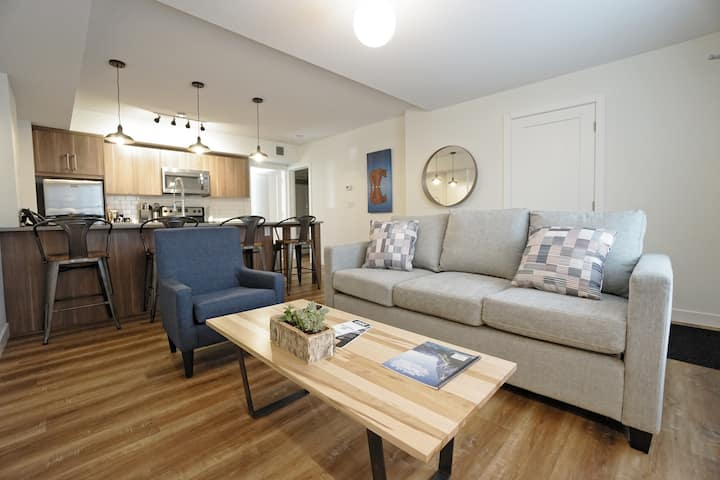 Basecamp Resorts Canmore | 1 Bedroom Suite