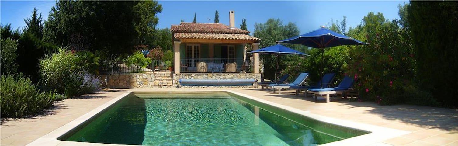 Family retreat in Provence - Flayosc - วิลล่า