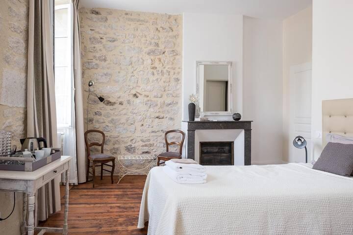 """chambre """"Montcuq"""" Maison Saint Privat - MONTCUQ"""