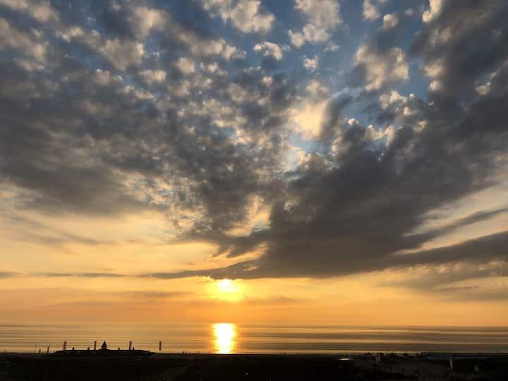 Sea view Apartment @Noordwijk Beach!