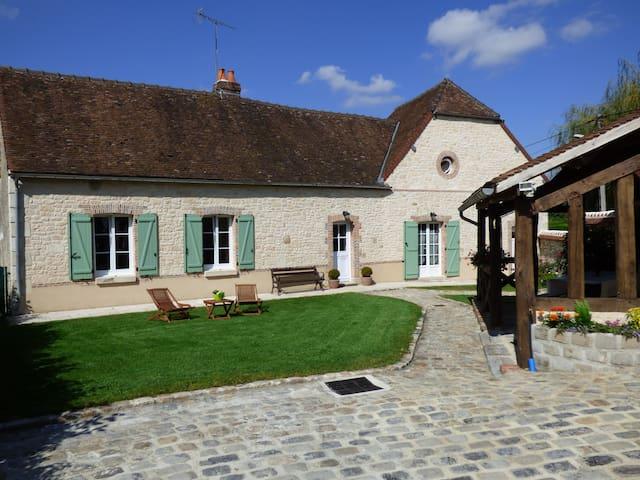 Gite de Viviers - Esternay - Huis