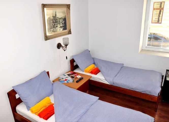 AYKI cosy apartment and patio