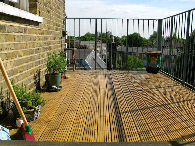 2 Bed Modern Flat with Roof Terrace - Londres - Apartamento
