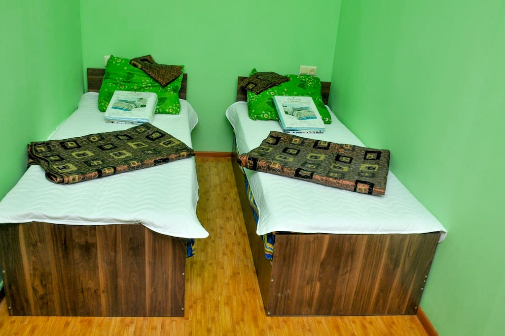 две кровати одинарные