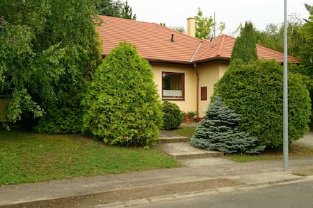 Ideal for a stopover near Budapest and M1, M0