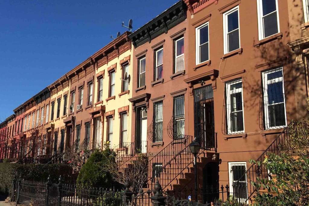 Quiet street on landmarked historic brownstone block. Steps from cool cafes, bars & destination restaurants. 6 short blocks to A/C express subway direct to Manhattan.