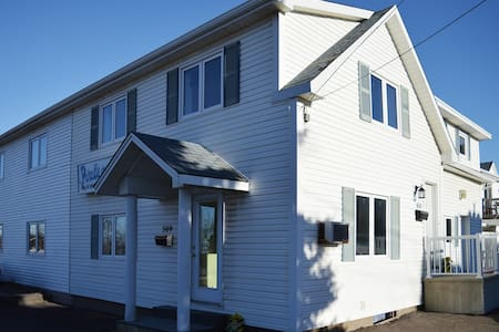 Dieppe Center - fully furnished 1 bedroom suite - Dieppe