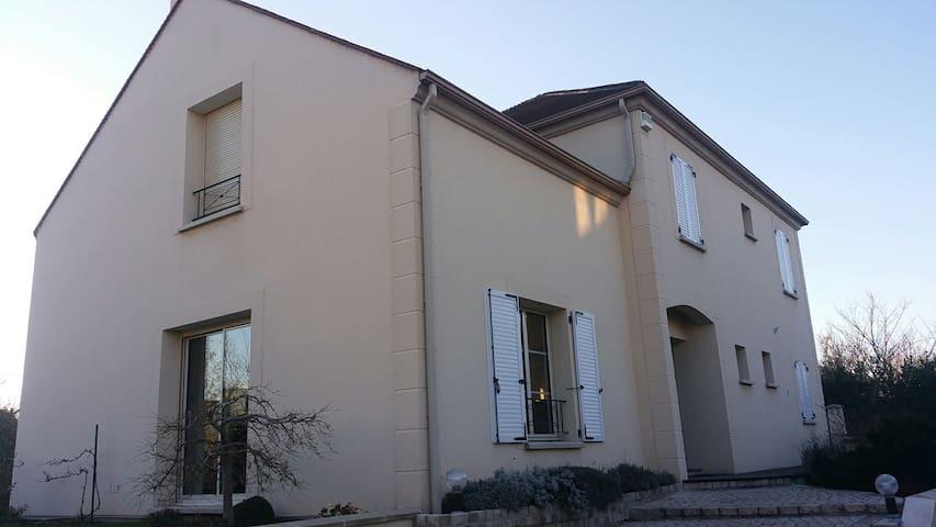 4-6p house (maison) close to Paris. - Saint-Leu-la-Forêt