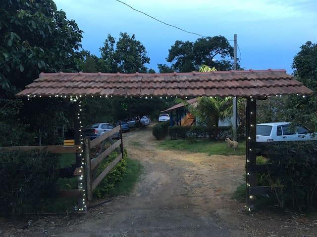 Casa de campo a 5 km das praias de Iriri-ES