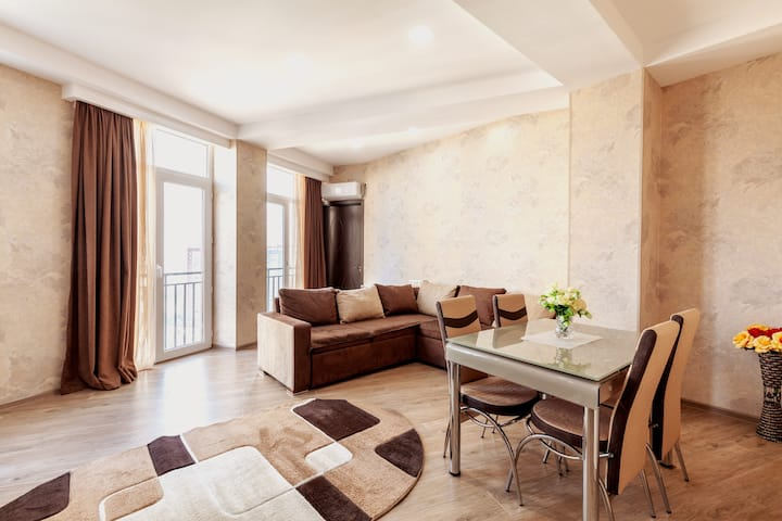 ♛Brand new 2BR appart w/full view of Tbilisi+AC+P