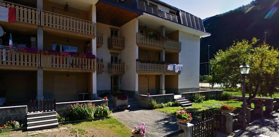 Ampio appartamento in centro a Pragelato - Pragelato - อพาร์ทเมนท์
