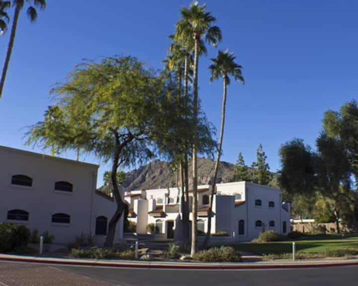 Scottsdale Camelback Resort - Studio