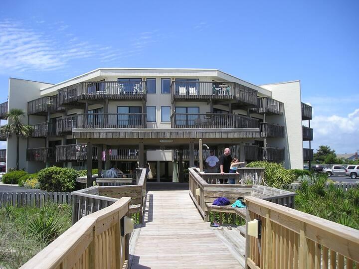 Emerald Isle North Carolina -Queens Court resort.