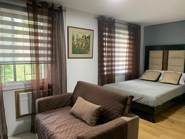 Amazing and comfortable room near Airport