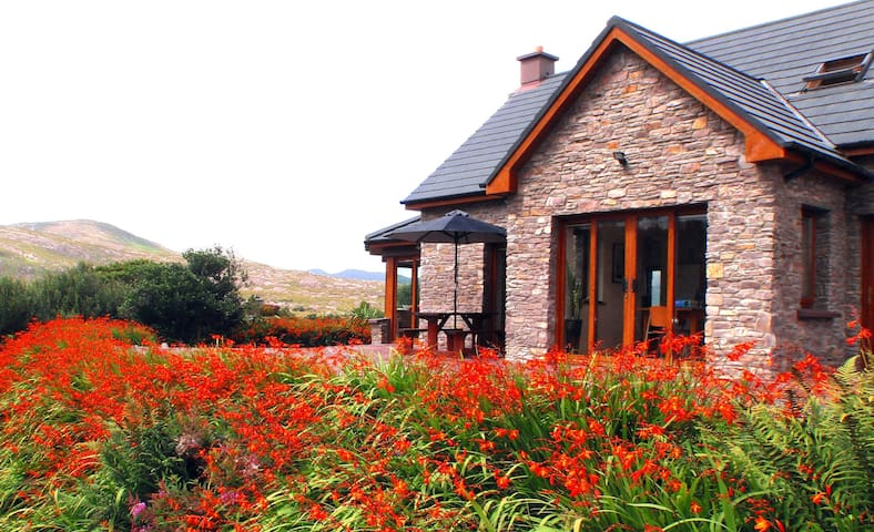 Luxury house, very special, very private, perfect! - Sneem - Casa