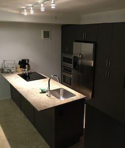 Scottsdale Luxury Condo - Scottsdale