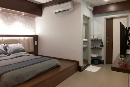 De Benz Inn Double Bed Room - Malacca