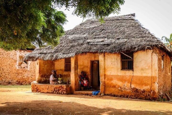 makunduchi house