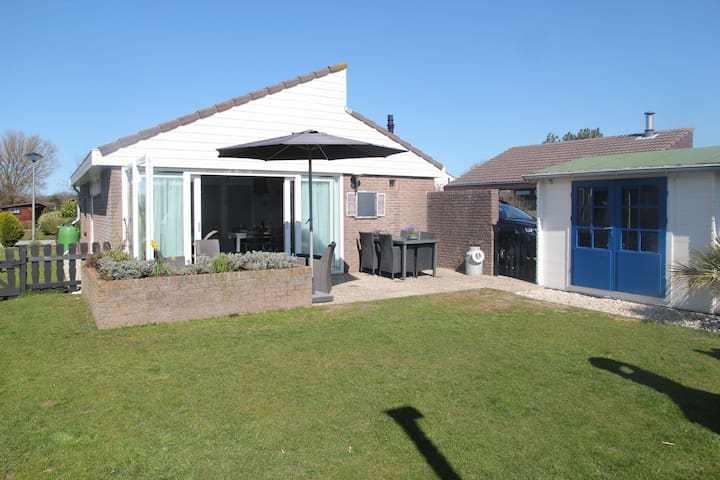 Luxury holiday home in Egmond aan den Hoef North Holland with garden