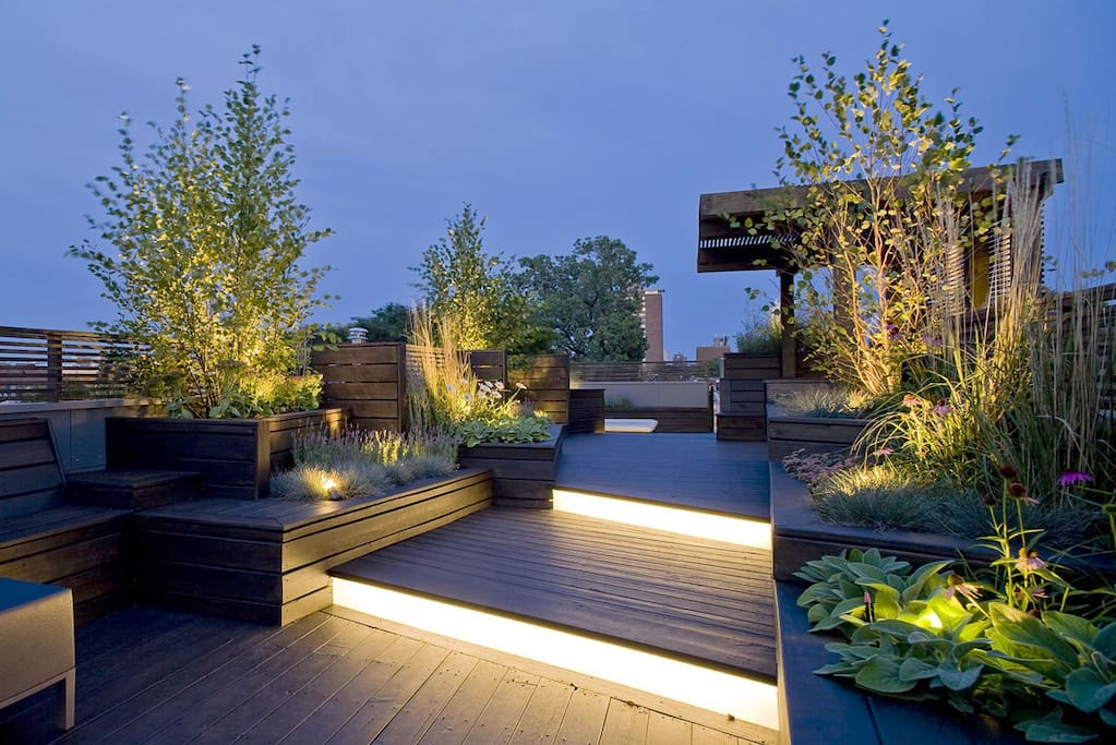An amazing and relaxing roof garden