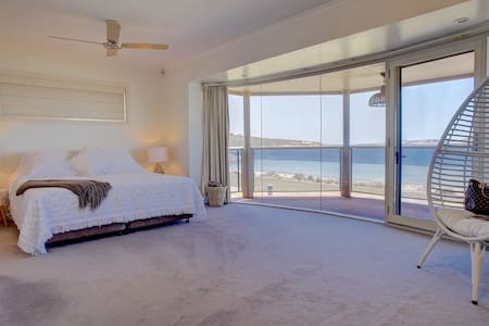 South Point Beach House - Port Lincoln - Ev