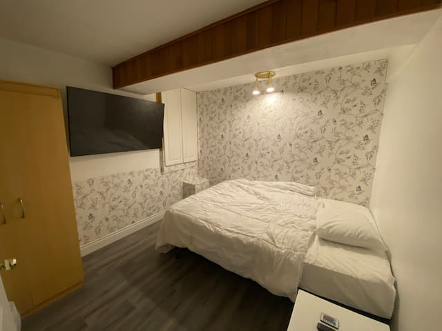 Furnished basement apartment