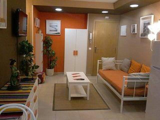 Apartamento jardín, piscina y garaje(1)