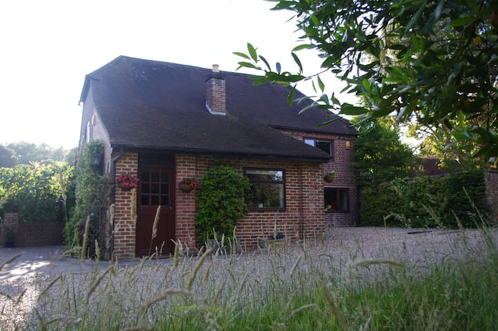 Private annexe near Chichester and Goodwood