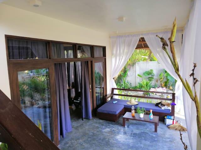 Ohana Resort Delux 1