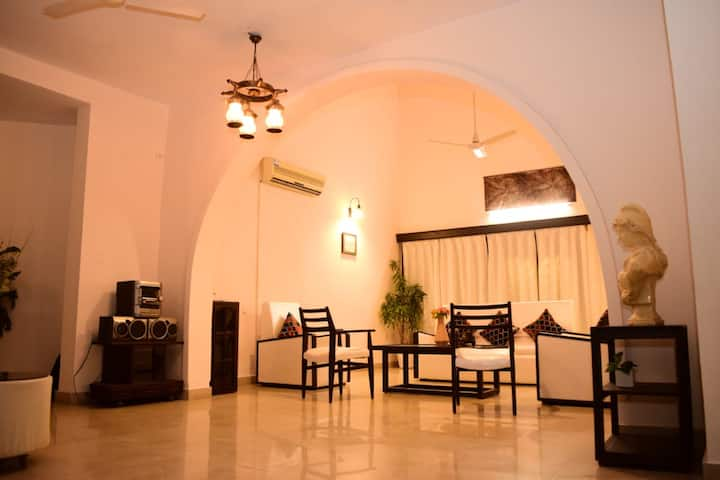 Luxury Bhopal Home Stay near Bansal Hospital