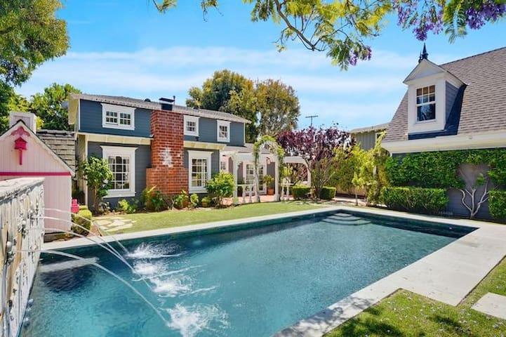 4BD-House, Beach Close, New Pool/Spa