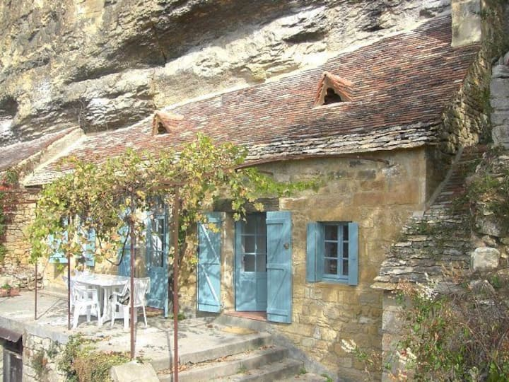 Superbe maison troglodyte à La Roque Gageac