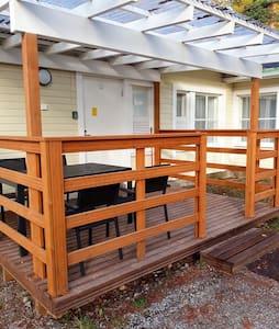 Апартаменты № 12 с прекрасным видом в Miehikkälä