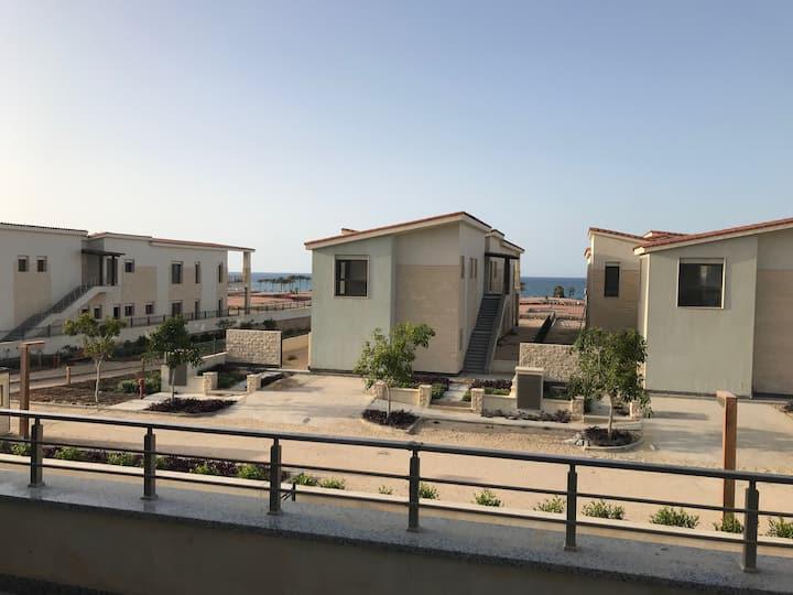 3 bedroom spacious first floor chalet in Caeser