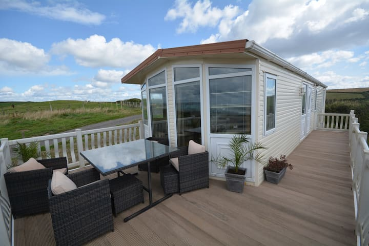 Bay View - fantastic views of Whitsand Bay