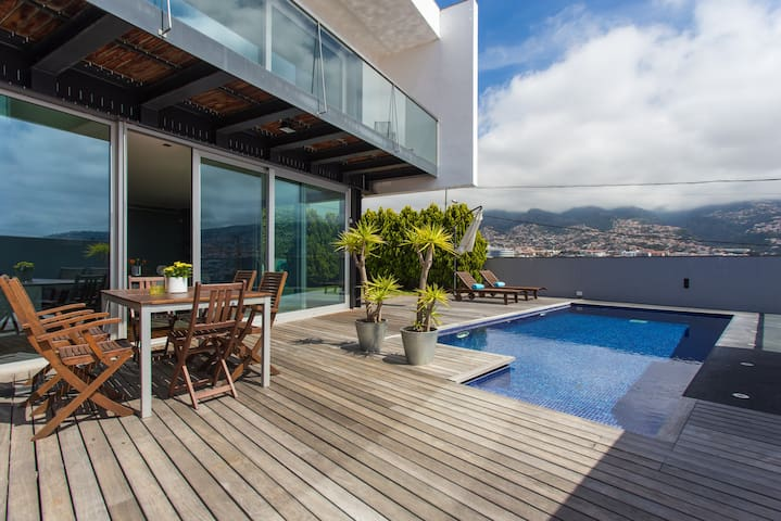 Amazing house view - Funchal - House