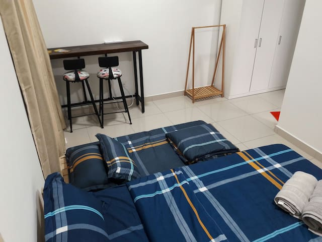 Master room with 1 Queen bed. Additional floor mattress upon request