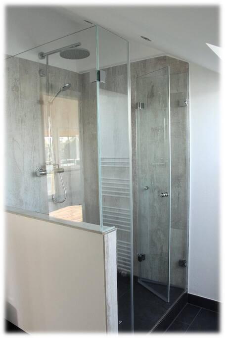 Bath  room02