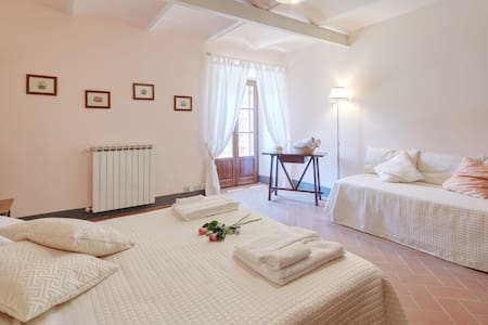 Love Nest Fontanina CountryHouseTuscany with  Pool