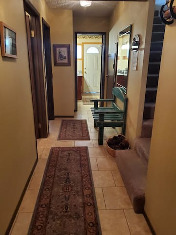 Walking distance to the Village - Lakeview #13
