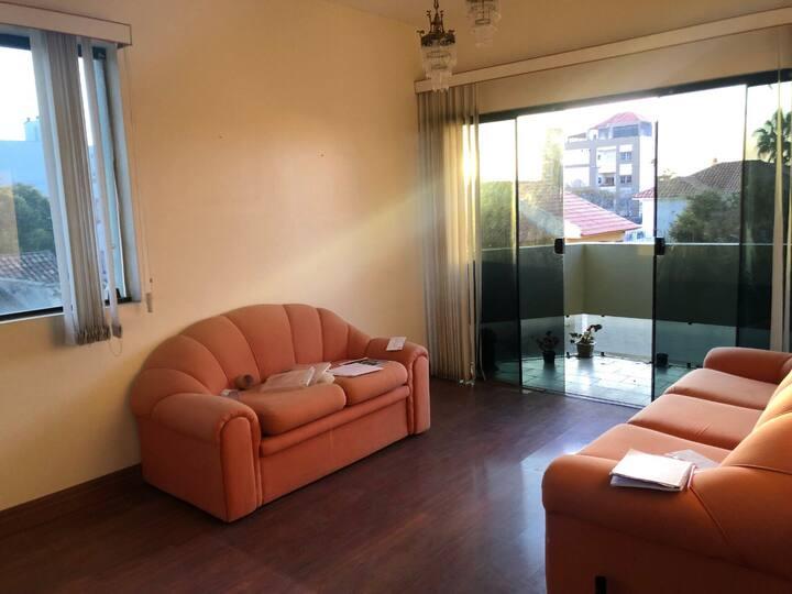 Apartamento em Rio Grande com 3 quartos 1 suíte.
