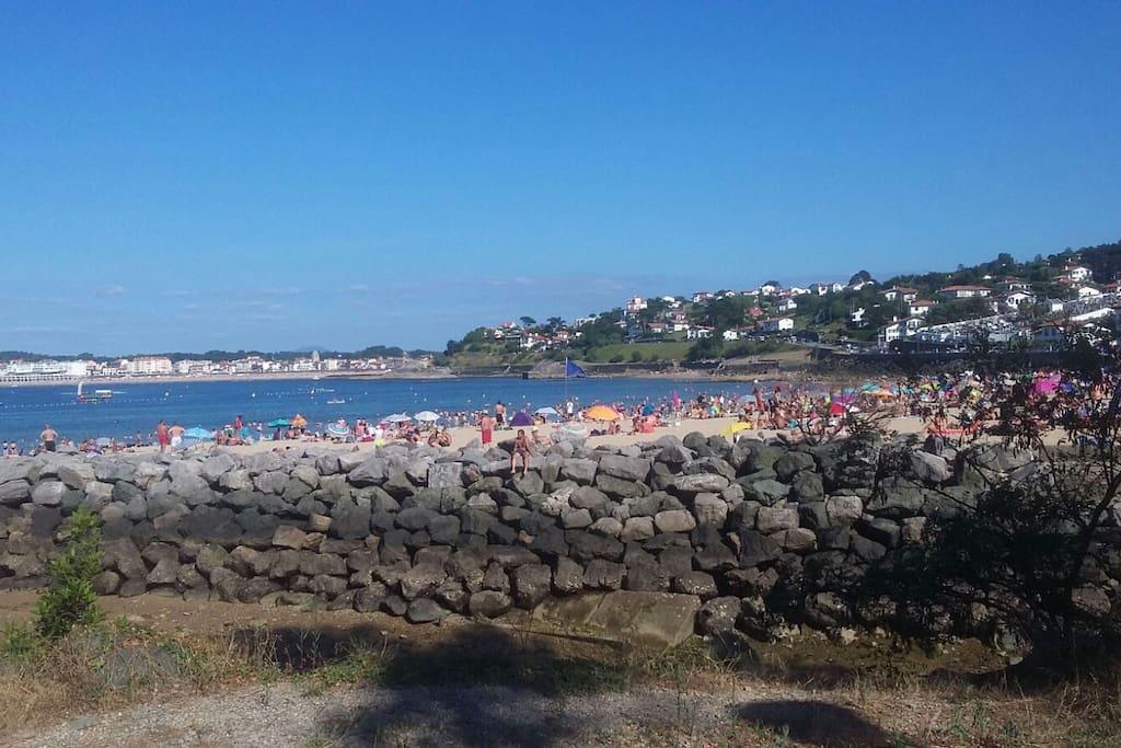 plage de Socoa face à la grande plage de Saint Jean de Luz